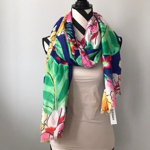 Old Navy Floral Scarf/Wrap